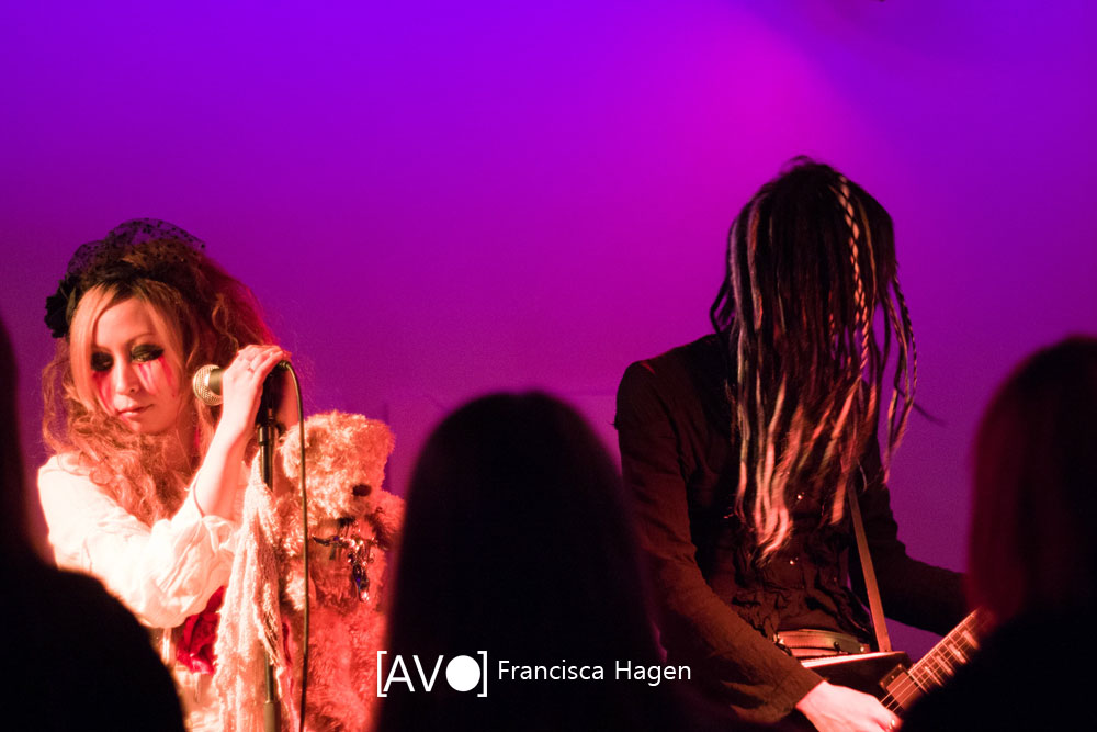 REMNANT @ 330 LIVE, The Hague - Photography Francisca Hagen